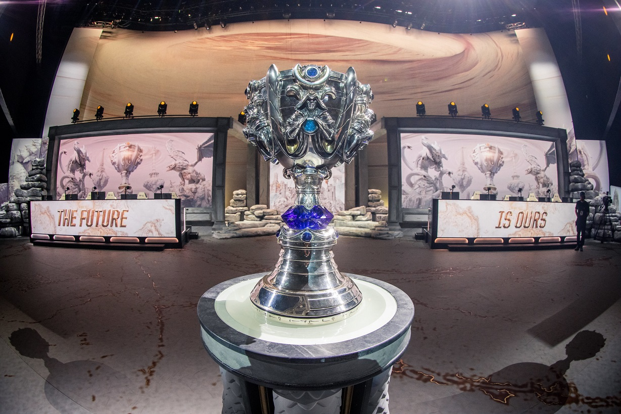 League of Legends Worlds 2019 Semifinals Summoner's Cup