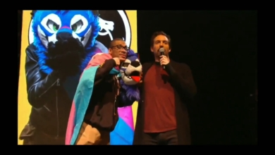 Photo of SonicFox Endorsing Bernie Sanders While Wearing the Trans Pride Flag: A Review
